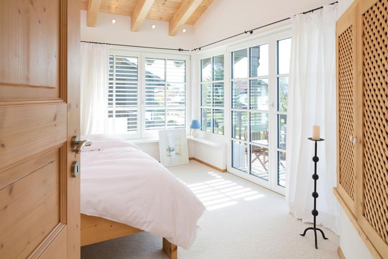 holzhaus zeh. Black Bedroom Furniture Sets. Home Design Ideas
